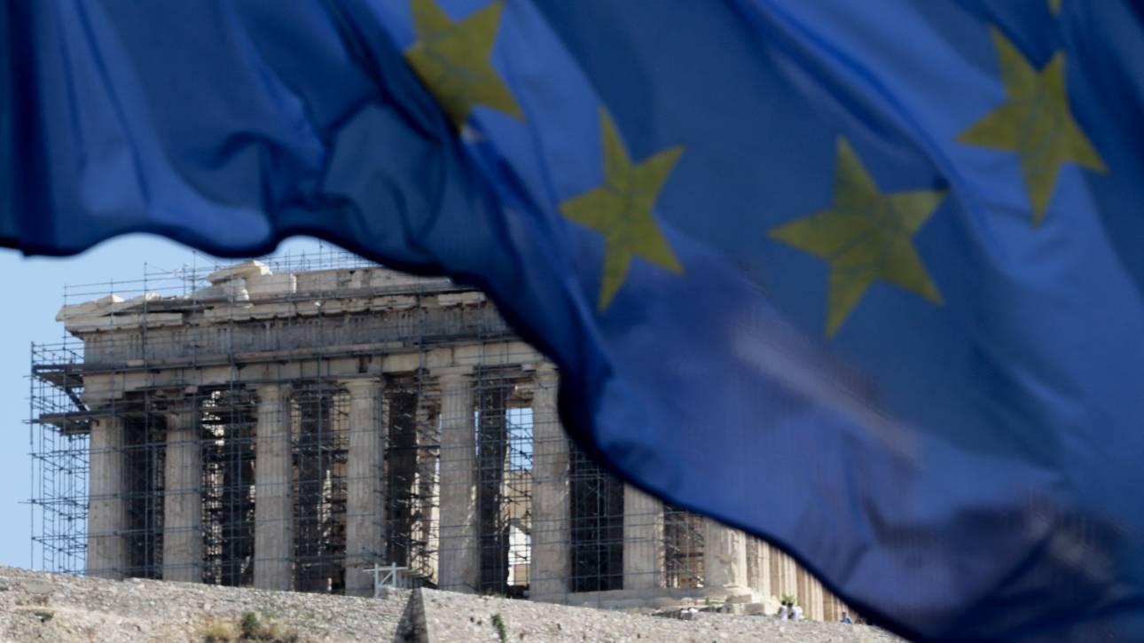 Ηχηρές προειδοποιήσεις πως το ζήτημα του ελληνικού χρέους δεν έχει αντιμετωπιστεί