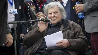 «Κινδυνεύει να παραχωρηθεί ακόμη και η Ακρόπολη»: Οργισμένη επιστολή Μίκη Θεοδωράκη