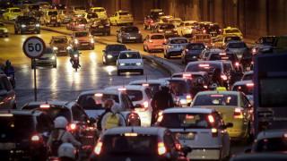 Ημέρα χωρίς Αυτοκίνητο: Πάνω από οκτώ εκατ. οχήματα και μοτοσυκλέτες στους δρόμους της Ελλάδας