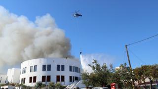 Ηράκλειο: Μαίνεται η φωτιά στο Πανεπιστήμιο Κρήτης