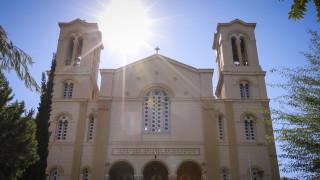 «Υποκριτές» φώναζαν οι άγνωστοι που εισέβαλαν στον Ιερό Ναό-Πού στρέφονται οι έρευνες