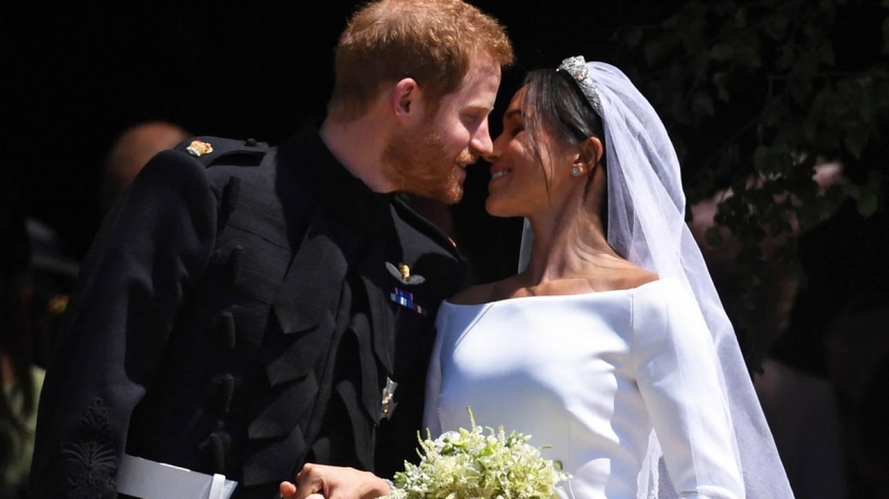 Το «μυστικό» στο νυφικό της Μέγκαν Μαρκλ: Πώς «ύμνησε» τον έρωτά της με τον Χάρι