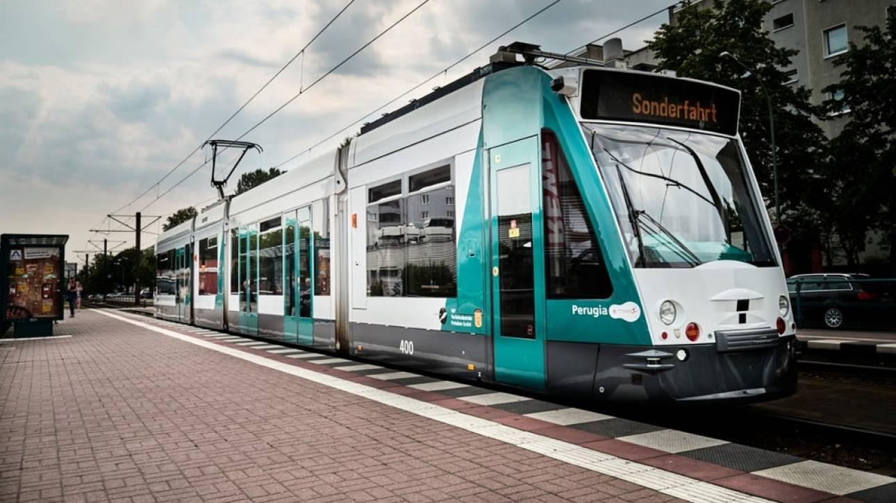 Combino: Το πρώτο τραμ χωρίς οδηγό στον κόσμο άρχισε δρομολόγια