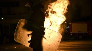 Βίντεο-ντοκουμέντο: Η στιγμή της εκτόξευσης της φωτοβολίδας που χτύπησε την 19χρονη στο Αγρίνιο