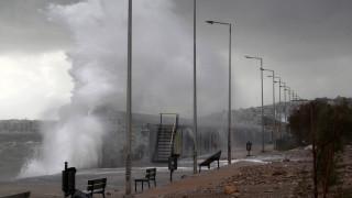 Ο «Ξενοφών» φέρνει ραγδαία αλλαγή του καιρού: Έκτακτο δελτίο επιδείνωσης