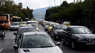 Δίπλωμα οδήγησης: Οι αλλαγές που αφορούν τους ηλικιωμένους οδηγούς