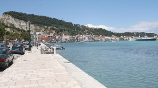 Επί ποδός οι Αρχές της Ζακύνθου - Πλοίο προσάραξε στο λιμάνι