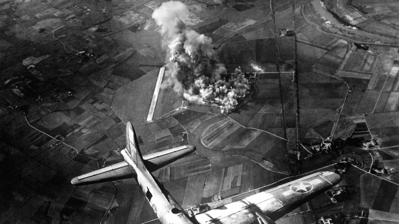 Πώς οι βομβαρδισμοί του Β Παγκοσμίου Πολέμου σημάδεψαν την ατμόσφαιρα της Γης