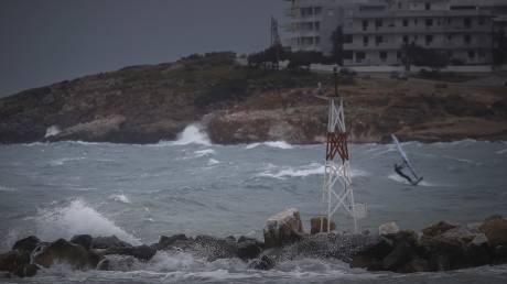 Έρχεται ο μεσογειακός κυκλώνας «Ζορμπάς»: Τι είναι, ποιες περιοχές θα «χτυπήσει»