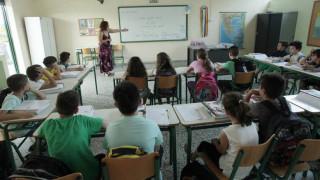 Έρχονται διορισμοί 15.000 μόνιμων εκπαιδευτικών μετά από έντεκα χρόνια