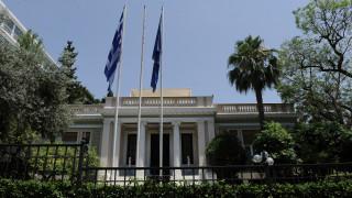 Ανώτατη κυβερνητική πηγή: «Θα καταθέσουμε Προϋπολογισμό χωρίς αντίμετρα και περικοπή συντάξεων»