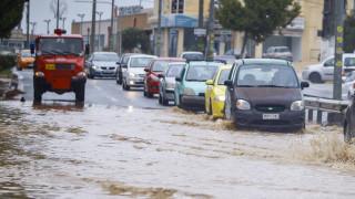 Κυκλώνας Ζορμπάς: Τι λένε οι μετεωρολόγοι στο CNN Greece για την εξέλιξη του φαινομένου