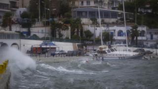 Κυκλώνας Ζορμπάς: Σε ισχύ το απαγορευτικό απόπλου - Δείτε σε ποια λιμάνια είναι δεμένα τα πλοία