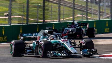 Formula 1: Νίκησε στη Ρωσία, πλησιάζει τον τίτλο ο Χάμιλτον
