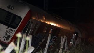 Εκτροχιάστηκε τρένο στον Δομοκό - Προσέκρουσε σε βράχια
