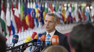 Δημοψήφισμα Σκόπια: Ο Στόλτενμπεργκ χαιρετίζει μια «ιστορική ευκαιρία»