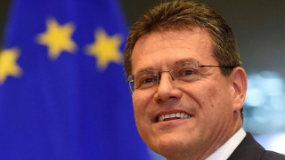 Σέφκοβιτς: Τα ελληνικά νησιά μπορούν να γίνουν πρωτοπόρα στην ενεργειακή μετάβαση