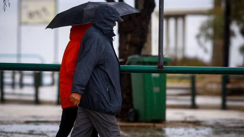 Κυκλώνας Ζορμπάς: Εξασθενεί η κακοκαιρία