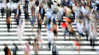 Μειώνεται ο πληθυσμός της Ελλάδας: Οι θάνατοι υπερτερούν των γεννήσεων