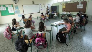 Διορισμοί 15.000 μόνιμων εκπαιδευτικών