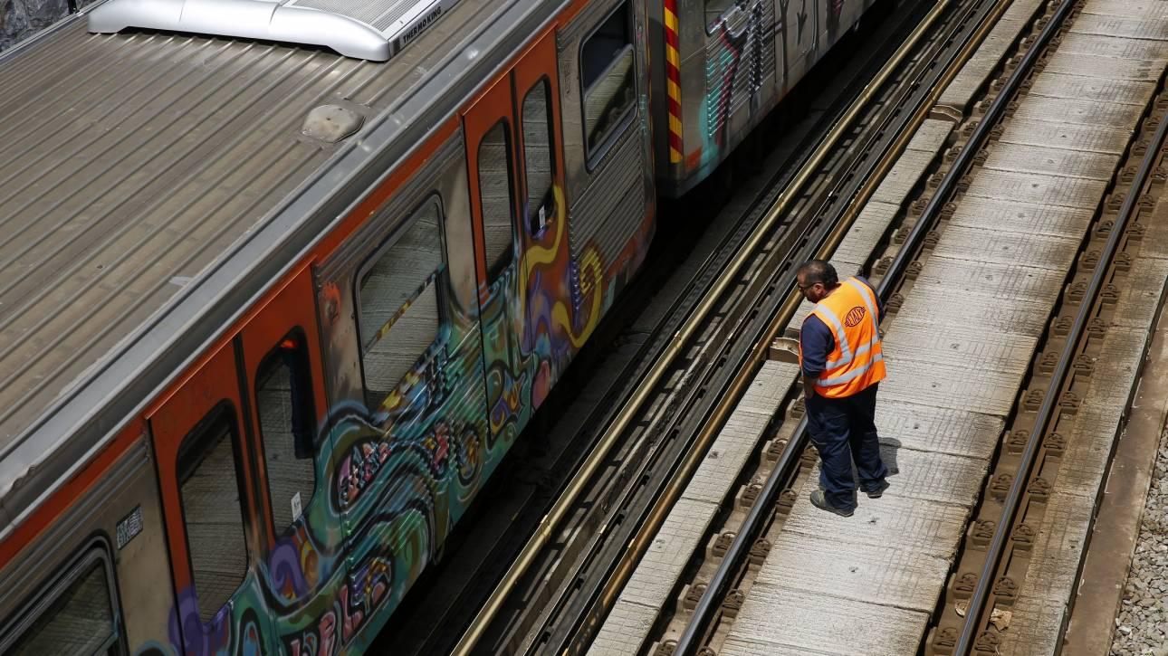 Νεκρός ο άνδρας που έπεσε στις ράγες του ηλεκτρικού στον σταθμό Άγιος Νικόλαος