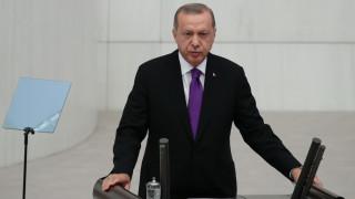 Ερντογάν: Η Άγκυρα θα ενισχύσει τις σχέσεις της με τη Μόσχα