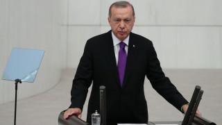 Ερντογάν: «Με προσκάλεσαν σε δείπνο και μετά με προσέβαλαν»