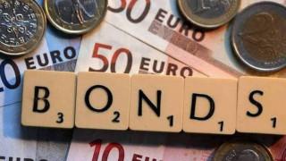 Το προσχέδιο του προϋπολογισμού «πιέζει» τα ελληνικά ομόλογα