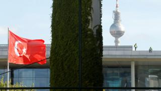 Ευρωπαϊκό «μαχαίρι» στα προενταξιακά κονδύλια για την Τουρκία - Εγκρίθηκε περικοπή 70 εκατ.