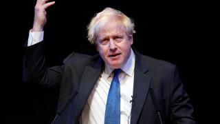 Ο Τζόνσον καλεί τους Συντηρητικούς να «ξεφορτωθούν» το σχέδιο Τσέκερς