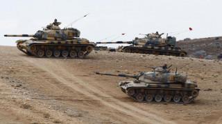 Ο στρατός της Τουρκίας θα παραμείνει για ένα ακόμα χρόνο σε Συρία και Ιράκ