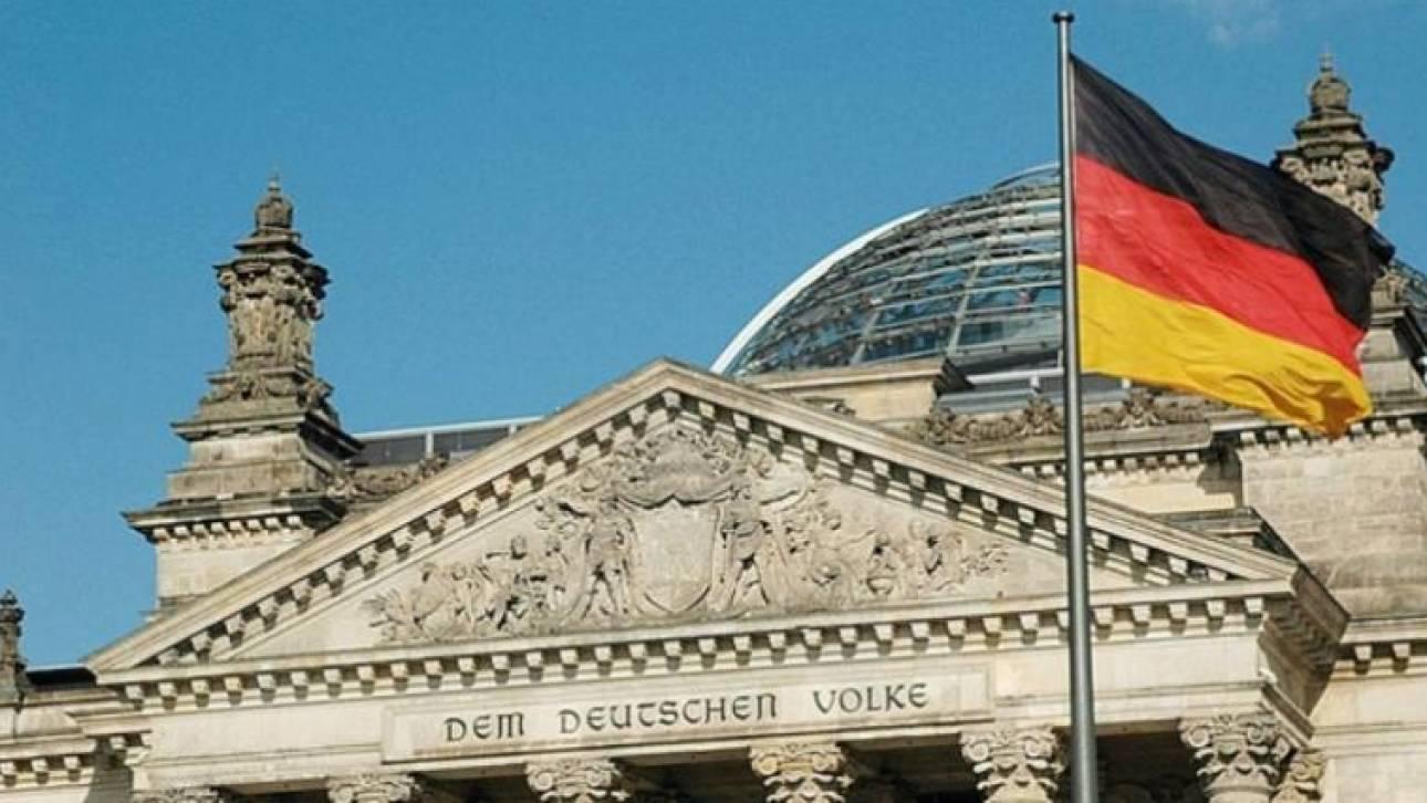 Να μείνει η Ελλάδα σε μεταρρυθμιστική πορεία ζητά το Βερολίνο