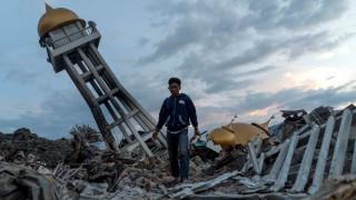 Ινδονησία: Πάνω από 1.000 οι αγνοούμενοι από τον σεισμό και το τσουνάμι