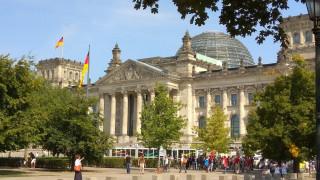 Βερολίνο: Εικασίες τα δημοσιεύματα για τη θέση μας στο ζήτημα των συντάξεων