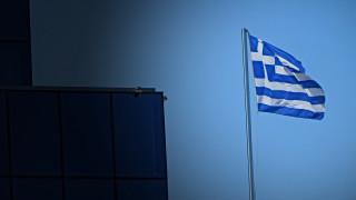 Ηandelsblatt: Φόβοι για τραπεζική κρίση στην Ελλάδα λόγω των κόκκινων δανείων