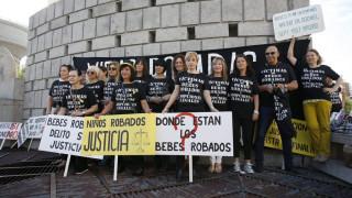 «Τα κλεμμένα μωρά του Φράνκο»: Γλίτωσε ο γυναικολόγος