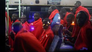 Εκατοντάδες μετανάστες διασώθηκαν το Σαββατοκύριακο στη Μεσόγειο
