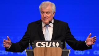 Χορστ Ζεεχόφερ: Καλύτερα να κυβερνούσαν μόνιμα την Ελλάδα οι Βαυαροί