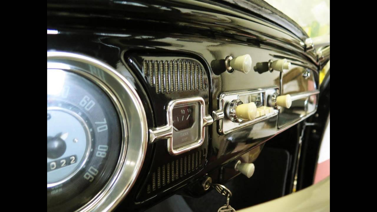 https://cdn.cnngreece.gr/media/news/2018/10/09/149984/photos/snapshot/VW-BEETLE-1964-11.jpg