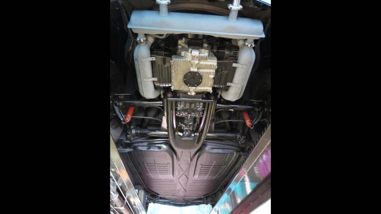 https://cdn.cnngreece.gr/media/news/2018/10/09/149984/photos/snapshot/VW-BEETLE-1964-18.jpg