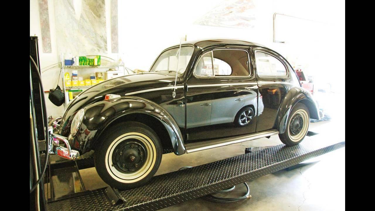 https://cdn.cnngreece.gr/media/news/2018/10/09/149984/photos/snapshot/VW-BEETLE-1964-4.jpg