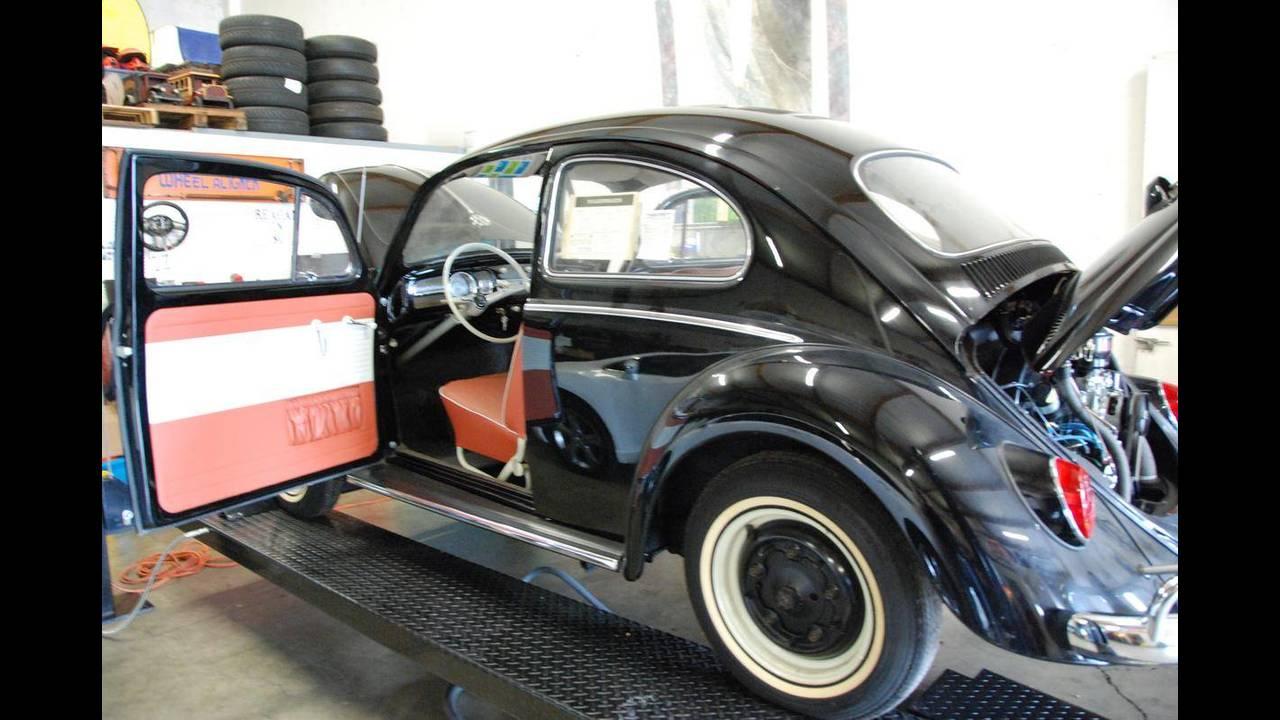 https://cdn.cnngreece.gr/media/news/2018/10/09/149984/photos/snapshot/VW-BEETLE-1964-5.jpg
