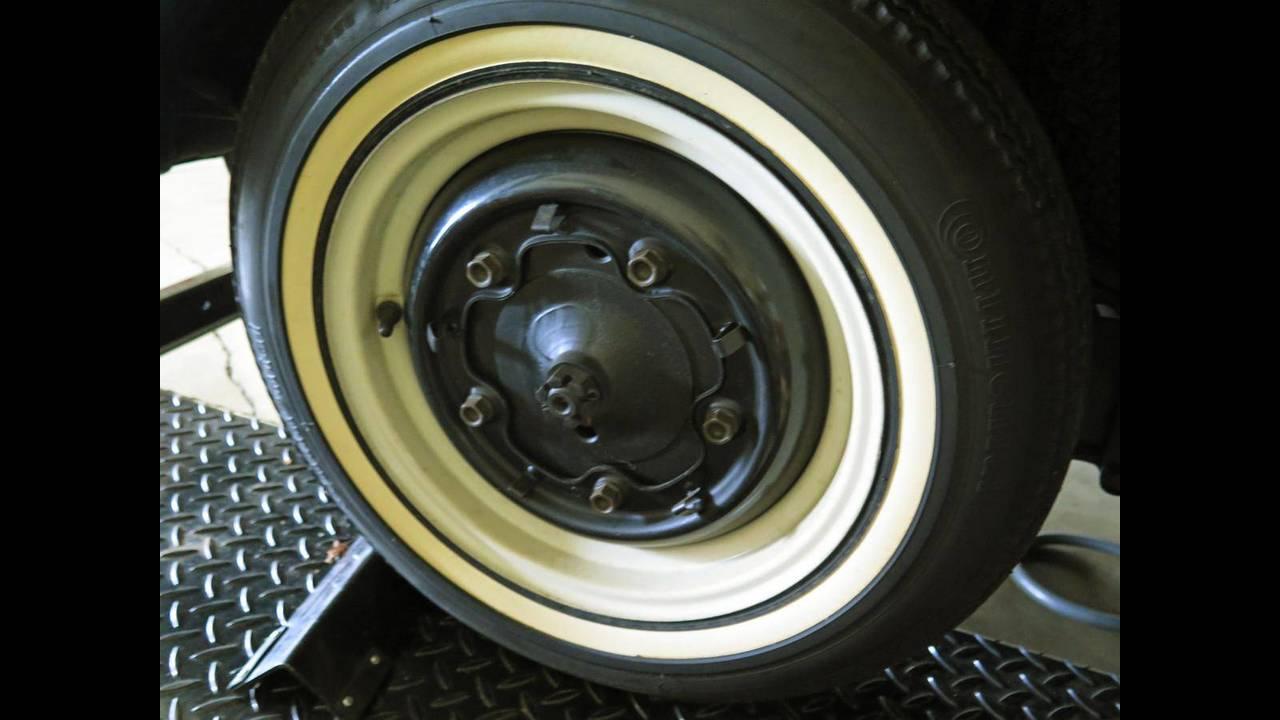 https://cdn.cnngreece.gr/media/news/2018/10/09/149984/photos/snapshot/VW-BEETLE-1964-6.jpg