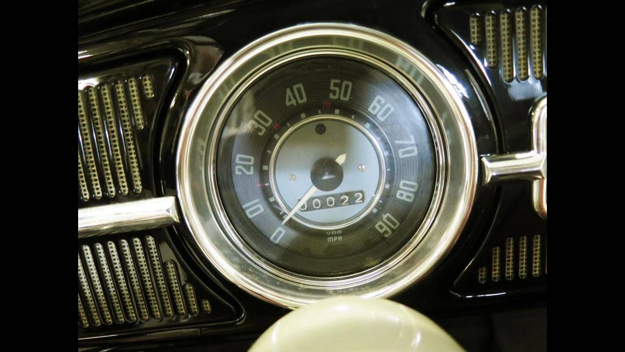 https://cdn.cnngreece.gr/media/news/2018/10/09/149984/photos/snapshot/VW-BEETLE-1964-7.jpg