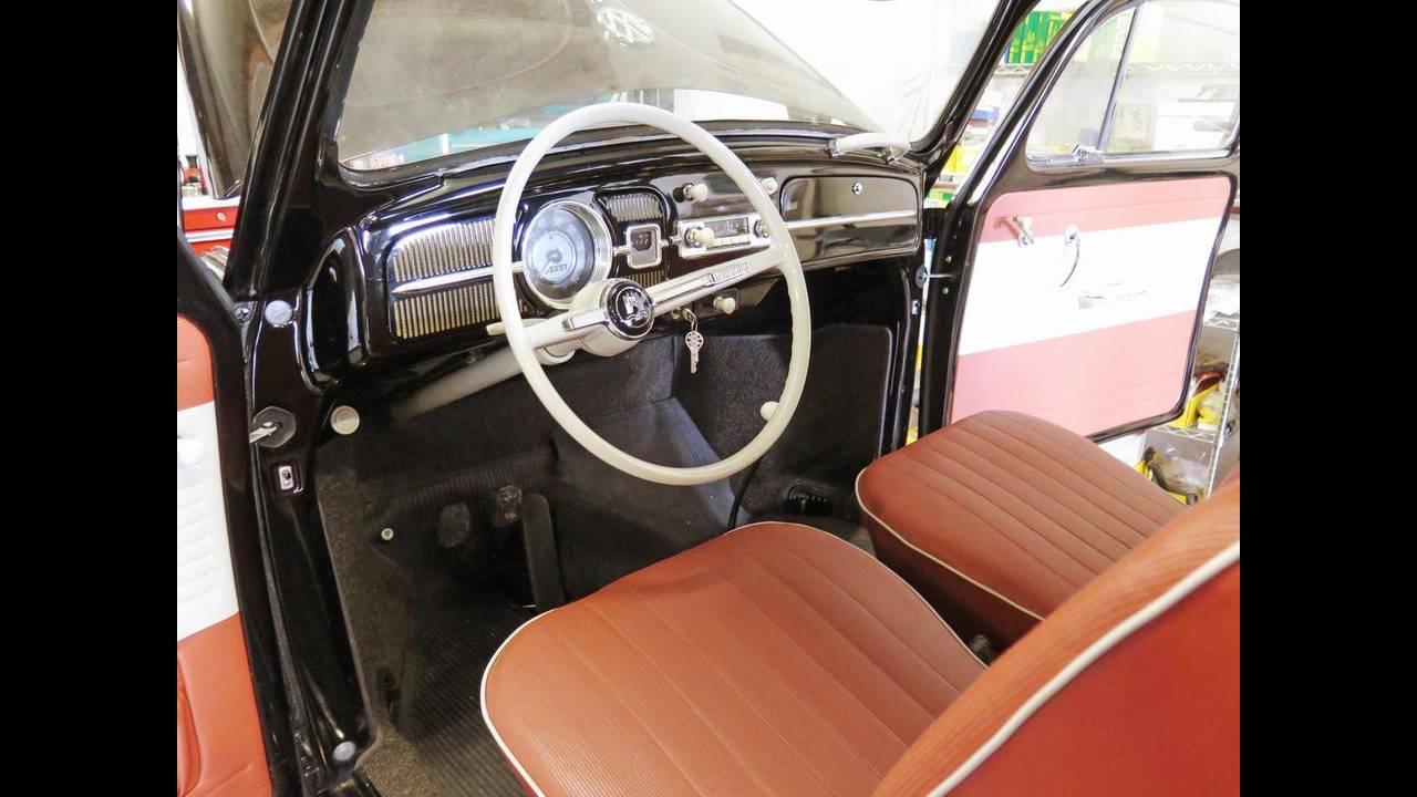 https://cdn.cnngreece.gr/media/news/2018/10/09/149984/photos/snapshot/VW-BEETLE-1964-8.jpg