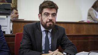 Παρατείνεται για ένα χρόνο ο νόμος Παρασκευόπουλου - ρυθμίσεις για τα πλαστά έγγραφα
