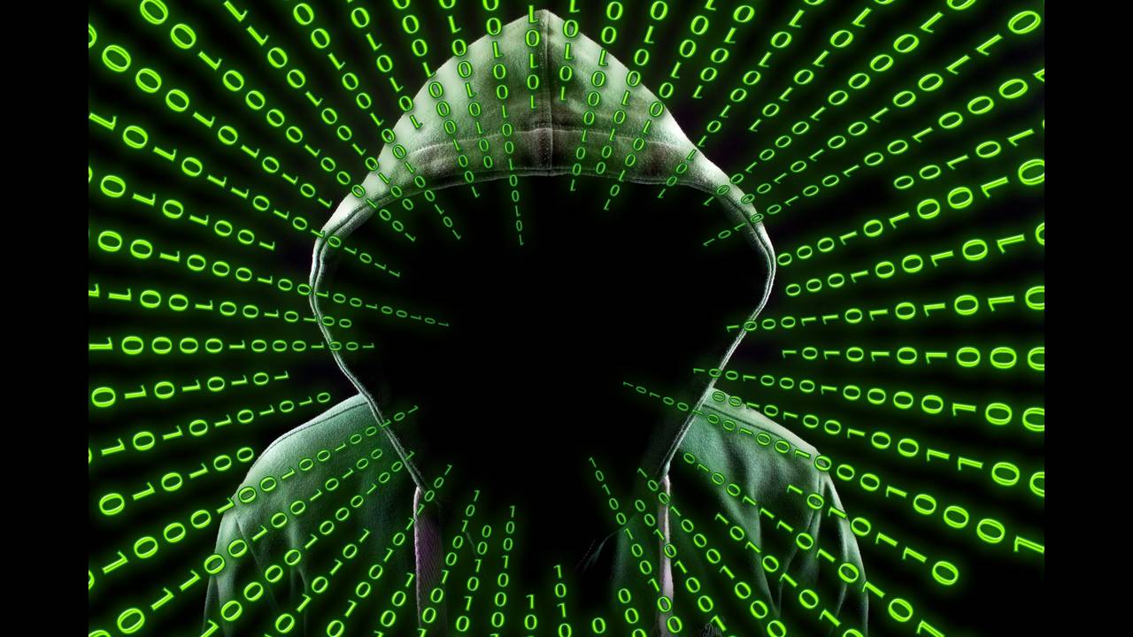 https://cdn.cnngreece.gr/media/news/2018/10/09/150026/photos/snapshot/hacker-2883632_1920.jpg