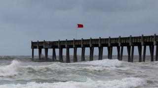 Κυκλώνας Μάικλ: Ενισχύθηκε σε κατηγορία 4 - Δείτε live την πορεία του