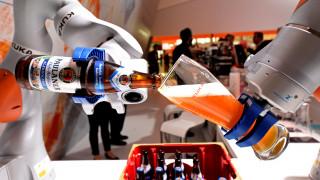 Σωματεία κατά ρομπότ: Στο Λας Βέγκας οι εργαζόμενοι διεκδικούν το εργασιακό τους μέλλον