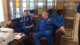 Δεν είναι καλή η κατάσταση της υγείας των δύο αστροναυτών του Σογιούζ